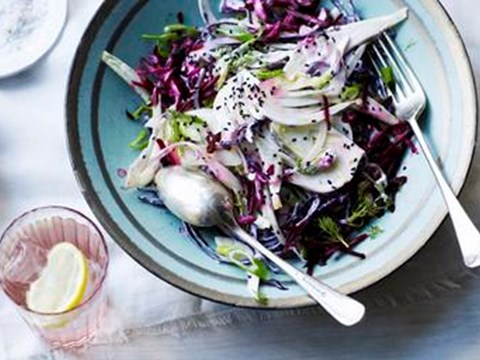 Raw fennel beetroot slaw with poppy seeds.jpg