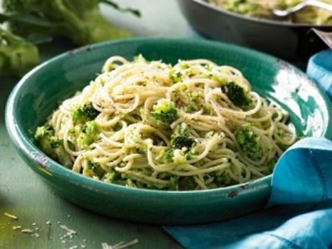 Broccoli and hazelnut pesto pasta.jpg