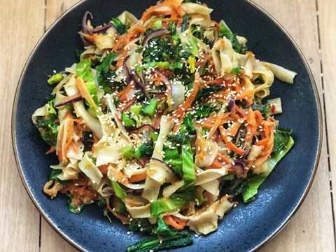 Stir fry vegetables with peanut sauce and rice noodles.jpg