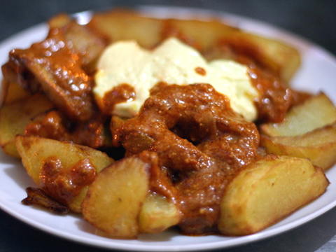 Potatas Bravas (Crispy Potatoes with Spanish tomato & garlic sauces).jpg