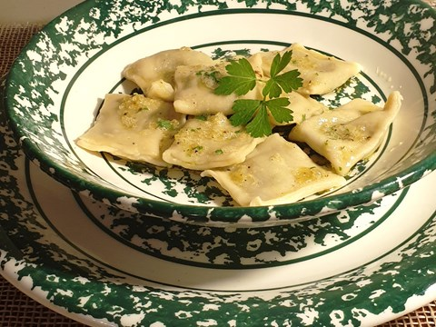 Spicy Radish Ravioli with Garlic Butter Sauce.jpg