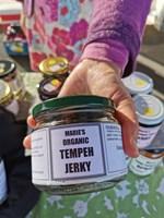 jerky cu hand.jpg