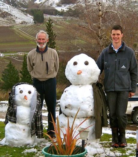 Snowmen 4 willowbrook.JPG