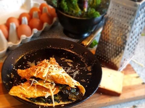 Crispy Kale & Cheese Omelette.jpg