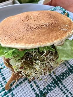 Tempeh Burger.jpeg (1)