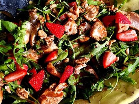 Strawberry Spinach Walnut Chicken Salad.jpg