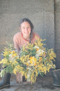 Me with 3 medium spring bouquets (WV).JPG