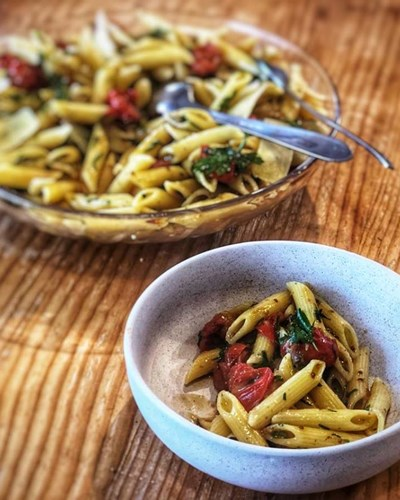 Garlic, Shallot & Parsley Pasta with Roasted Cherry Tomatoes & Garlic